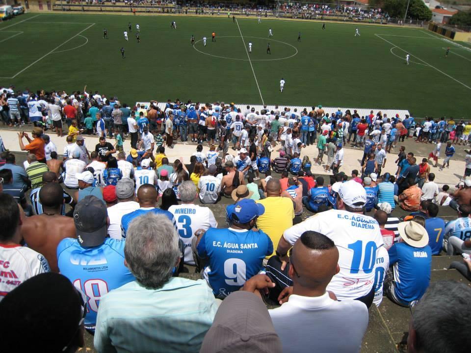 Água Santa derrota Cotia e faz história no futebol de Diadema
